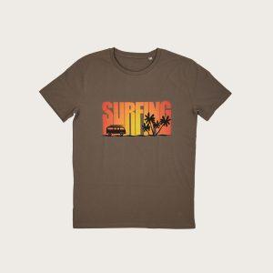 """FronteT-Shirt Marrone Uomo Stampa """"Surfing"""" Costa Est"""
