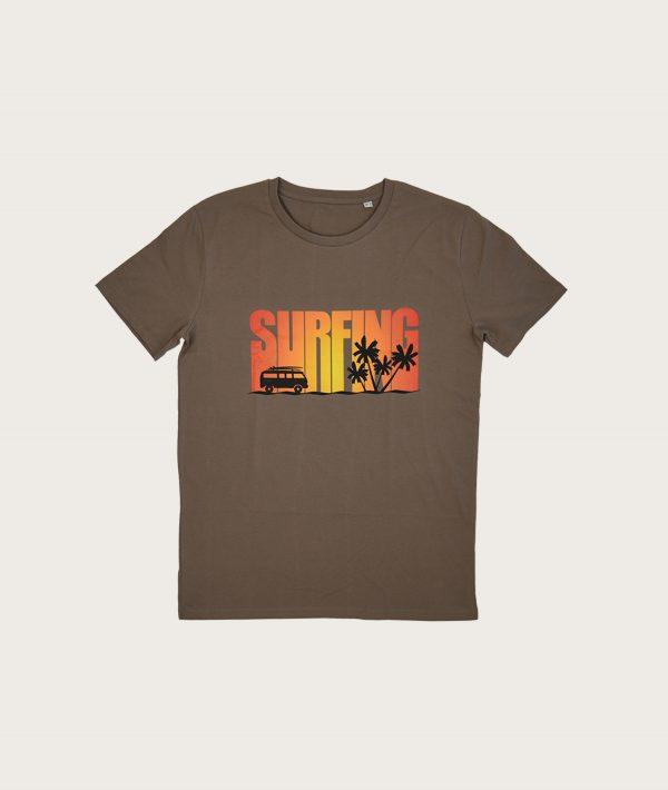 """Fronte T-Shirt Marrone Uomo Stampa """"Surfing"""" Costa Est"""